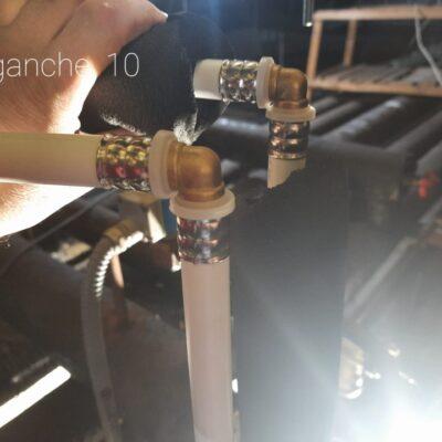 enganche de tubería de agua